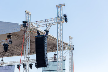 Powerful stage concert audio speakers