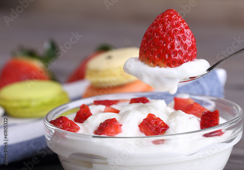 strawberry dessert with yogurt