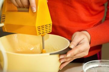 food mixer with bowl