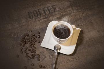 Gastro - Köstiche Tasse Kaffee aus frischen Kaffeebohnen