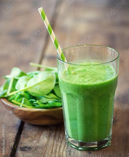 Leinwandbild Motiv Spinach smoothie