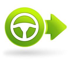 volant de voiture sur symbole web vert