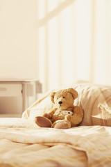 Teddy Bär Krankenhaus Bett