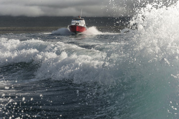 battello in mare