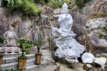 Kwun Yam Statue, Ten Thousand Buddhas Monastery