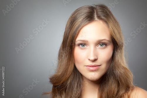 Leinwanddruck Bild Mädchen mit braunen Haaren