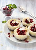mini cheesecakes with berries