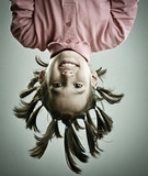 Fantazyjna fryzura dziewczynki - 61893716