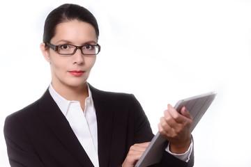 Zuversichtliche Managerin arbeitet mit einem Tablet