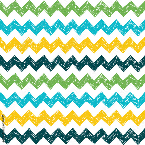 Seamless hand drawn zig zag pattern