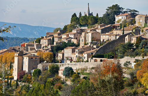 Village Bonnieux in Provence