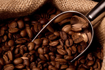 Kaffeesack mit Kaffeebohnen
