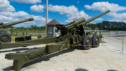 тяжелая артиллерия экспонат военного музея