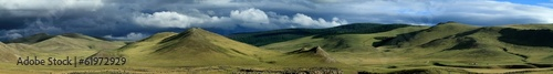 canvas print picture Regenzeit in der mongolischen Steppe