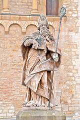 Der heilige Bonifatius vor dem Mainzer Dom