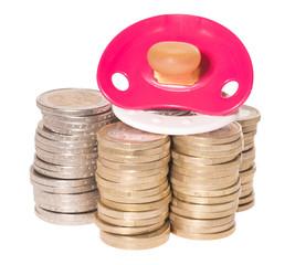 Nuckel und Euromünzen isoliert