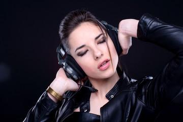 girl with headphones.
