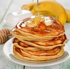 Pancakes with banana and honey