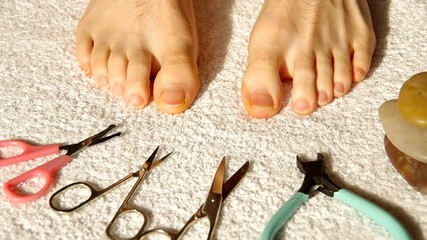 Toenails and scissors