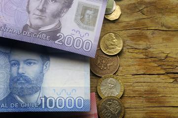 Arturo Prat y Manuel Rodríguez Erdoíza Peso chileno