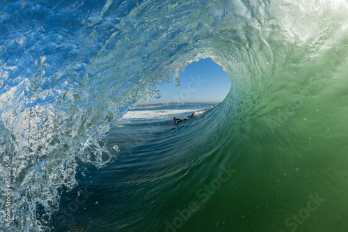 Tuinposter Water Wave Hollow Tube Ride Surfer Angle