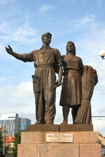 Worker and farm woman statues in Vilnius, Lithuania