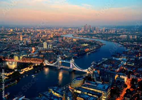 Tuinposter Historisch geb. London night