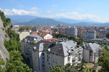 Vue de Grenoble depuis la Bastille