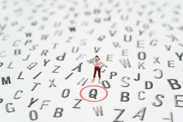 アルファベットと女性