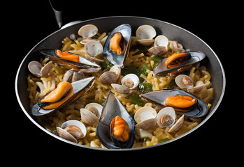 Mediterranean dish - Seafood Fideua