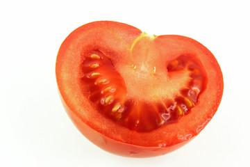 Metà  di un pomodoro rosso