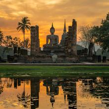 Buddha statue in Wat Mahathat temple, Sukhothai Historical Park,