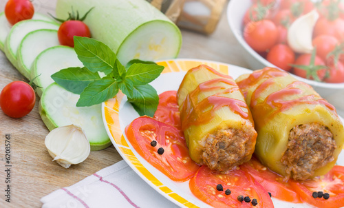Stuffed zucchini with minced meat and vegetable