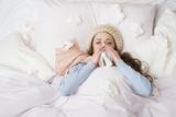 Sick woman - 62093310