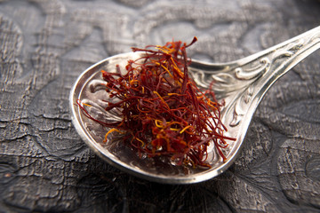 stigmas of saffron in spoon