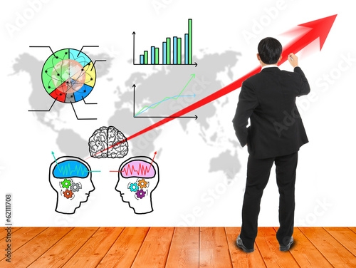 Businessman wrote red arrow for presentation brain stromming