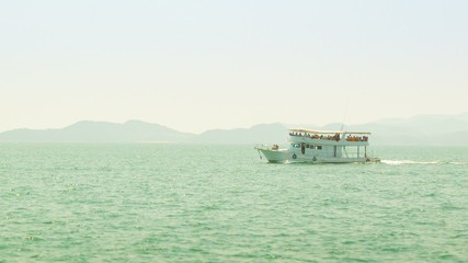 Video 1920x1080 - Pleasure boat in the sea