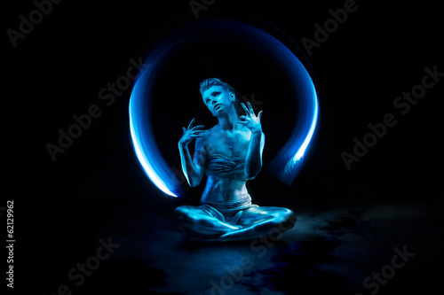 Metallic blue light-painting
