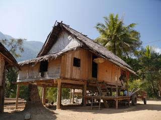 Minority Village, muang ngoi