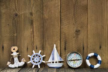 Segelsport: Grußkarte mit Dekoration maritim - Schiff, Kompass