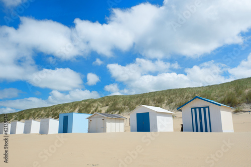 canvas print picture Blue beach huts at Texel