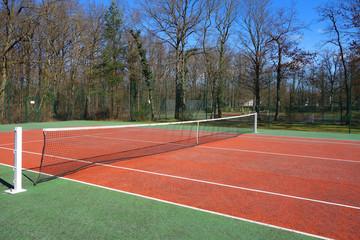 Terrain de tennis en plein air