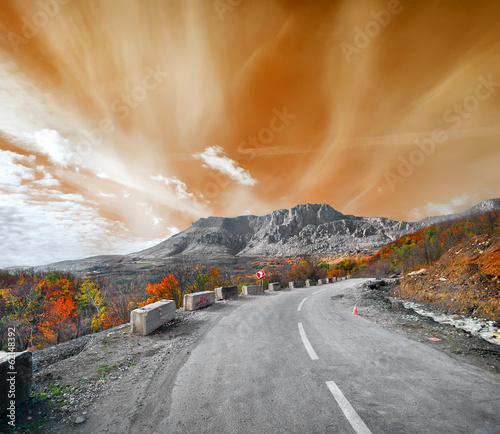 Road to the mountain Demerji