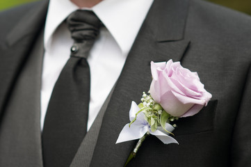 groom detail rose