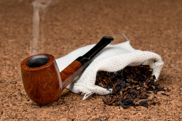 Pipa con fumo