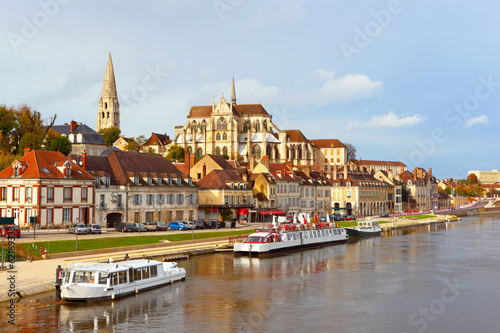 Papiers peints Chateau Auxerre,Burgundy,France