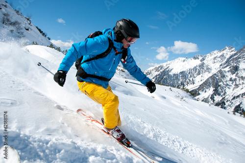 Skifahrer - 62188174