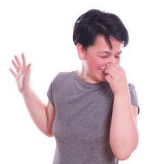 beim Gestank, Nase zuhalten