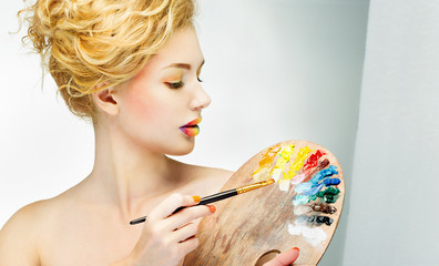 girl with palette