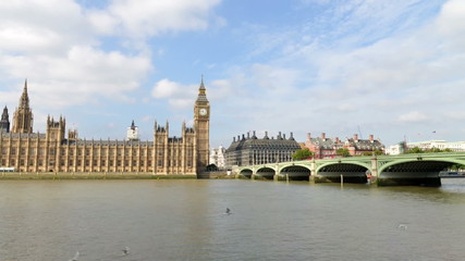 Westminster Bridge and Palace - London Timelapse